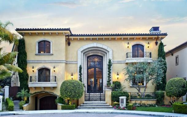$11.9 Million Mediterranean Mansion In Dana Point, CA