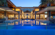 Tidemark – A Luxurious Beachfront Mansion In Queensland, AU