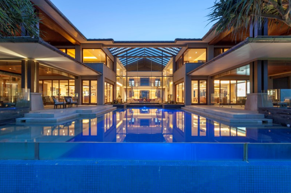 Tidemark A Luxurious Beachfront Mansion In Queensland