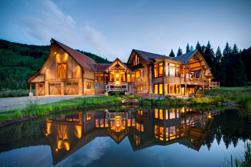 $3.4 Million Mountaintop Home In Crested Butte, CO On 35 Acres
