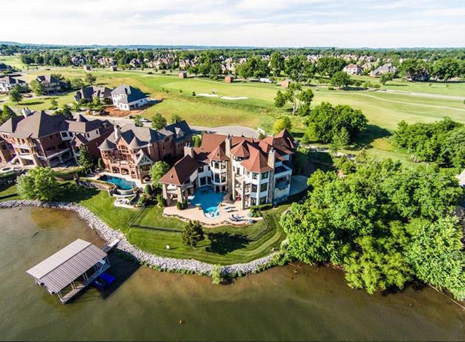 $3.499 Million Lakefront Mansion In Gallatin, TN