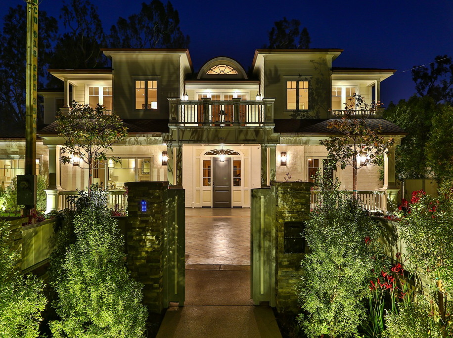 $13.85 Million Newly Built Traditional Mansion In Pacific Palisades, CA