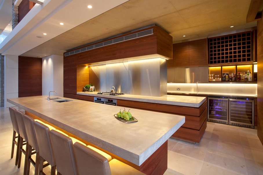 12 Unique Modern/Contemporary Gourmet Kitchens! | Hotr