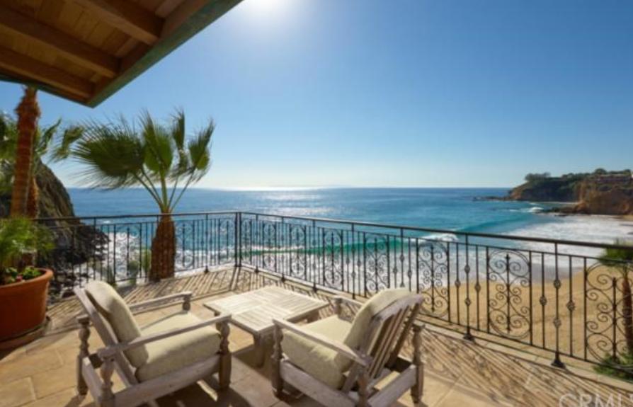 Villa Dei Tramonti A 51 Million Beachfront Mansion In