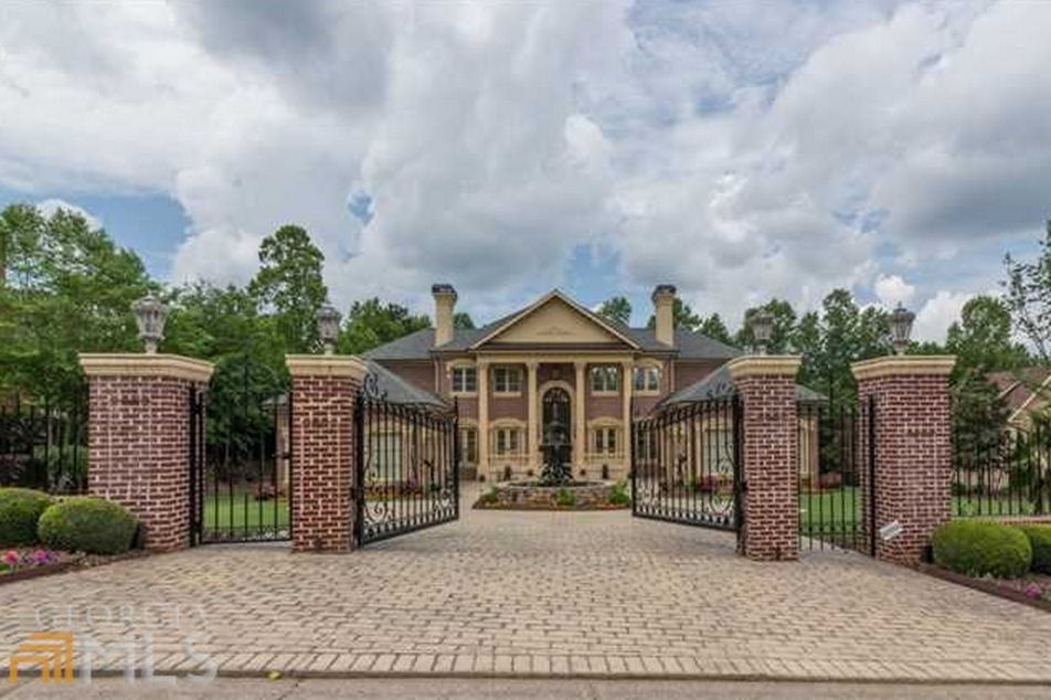 $2.2 Million Brick Mansion In Alpharetta, GA