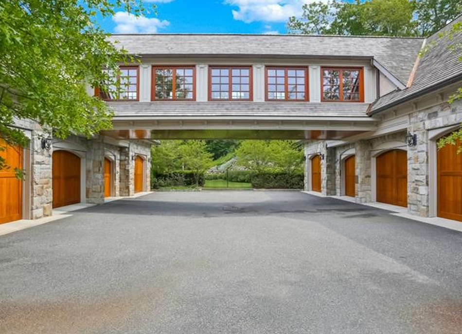 12 000 Square Foot Stone Mansion In Armonk Ny Homes Of