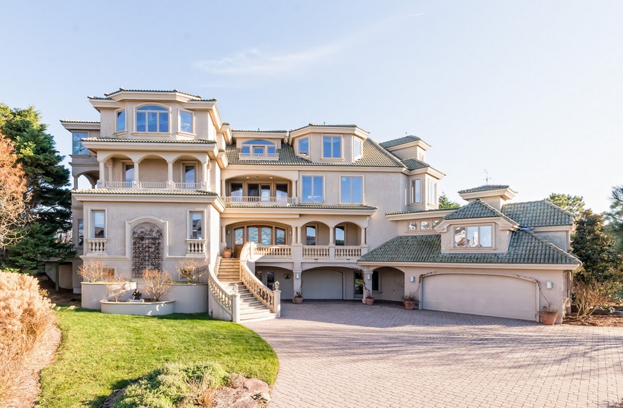 $5.95 Million Oceanfront Mansion In Rehoboth Beach, DE