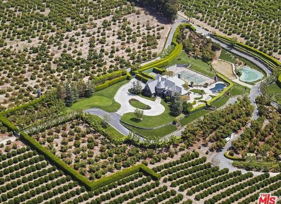 Greentree Farm – A French Inspired Mansion On 50 Acres In Somis, CA