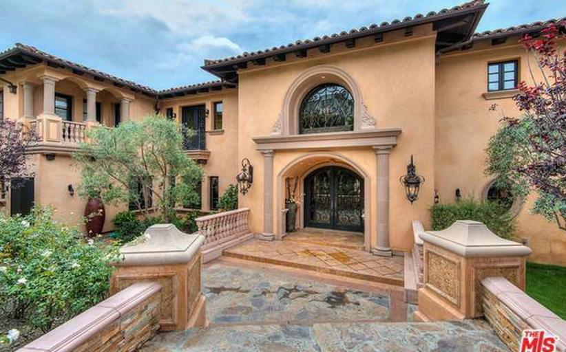 14,000 Square Foot Mediterranean Mansion In Los Angeles, CA – $60,000/Month