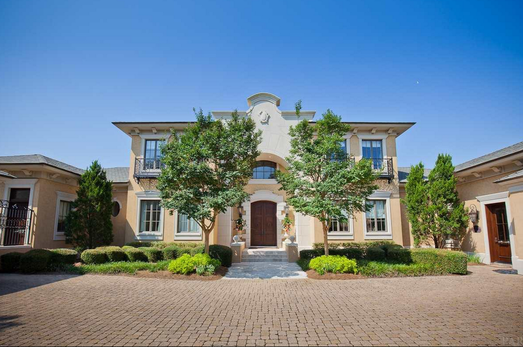 $3.9 Million Waterfront Home In Gulf Breeze, FL