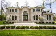 $3.98 Million Newly Built Brick Home In Great Neck, NY