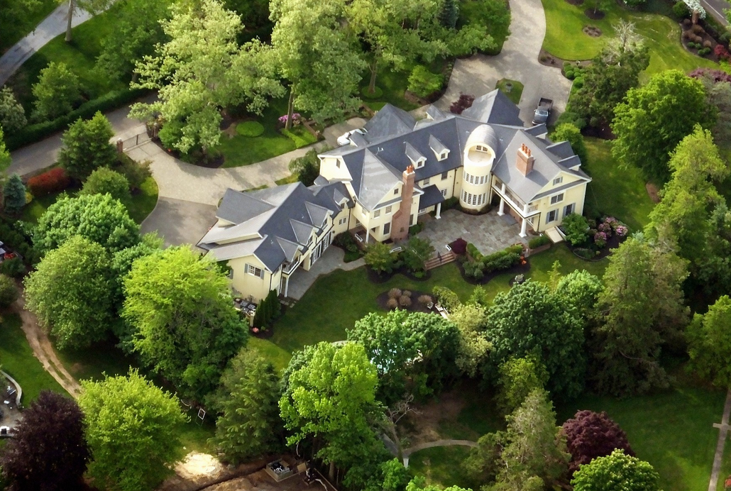 Longue Vue – A 14,000 Square Foot Mansion In Rumson, NJ