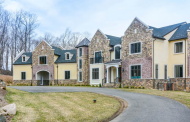 9,000 Square Foot Colonial Mansion In Kinnelon, NJ For Under $1.4 Million!