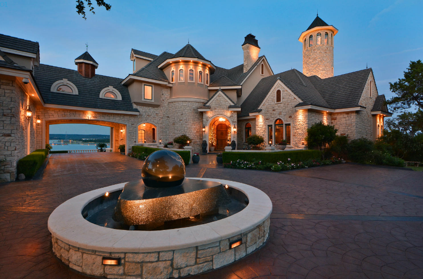 Million lakefront mansion in lago vista tx homes for Lago vista home builders