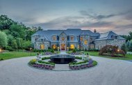 $9.975 Million Stone & Shingle Mansion In Bedford Corners, NY
