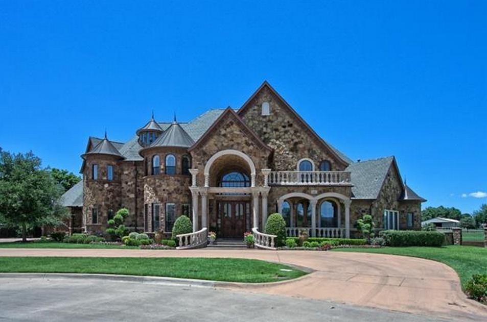 $2.695 Million Stone Mansion In Southlake, TX