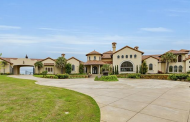 $5.25 Million Mediterranean Bluff-Top Mansion In Fort Worth, TX
