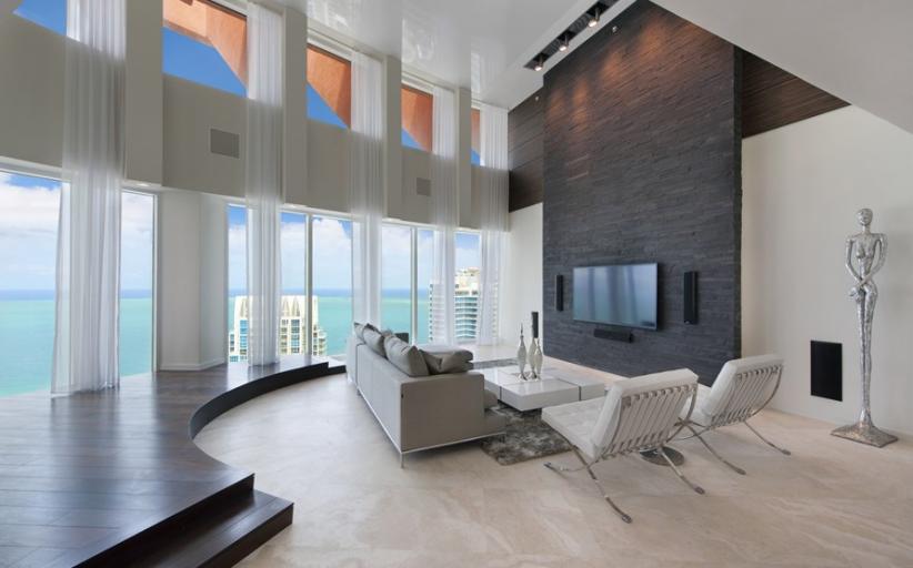 $13.75 Million Triplex Penthouse In Miami Beach, FL