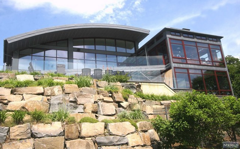 $18.9 Million Stone & Steel Contemporary Mansion In Fort Lee, NJ