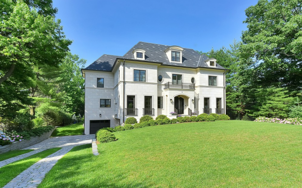$3.75 Million Beautiful Newly Built Home In Alpine, NJ