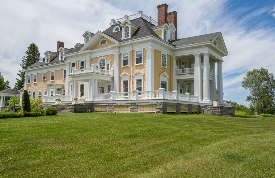 Burklyn hall a historic 35 room mansion in burke vt for Home builders in vermont