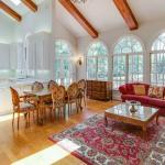Gourmet Kitchen / Breakfast Room/ Family Room
