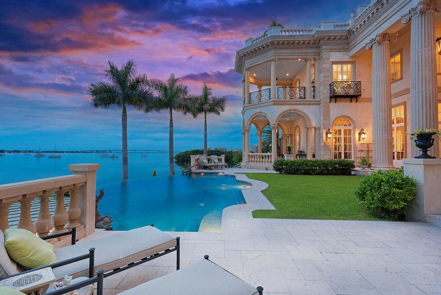 Stunning 23 000 Square Foot Waterfront Mansion In Sarasota
