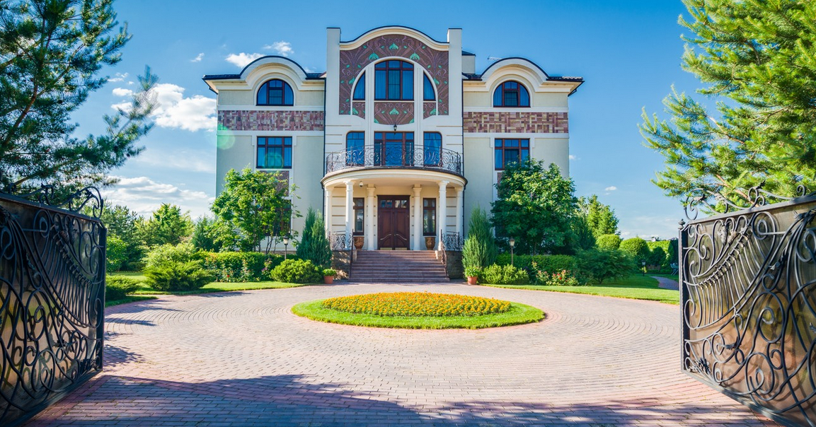 $13.9 Million Newly Built 20,000 Square Foot Mansion In Moscow, Russia