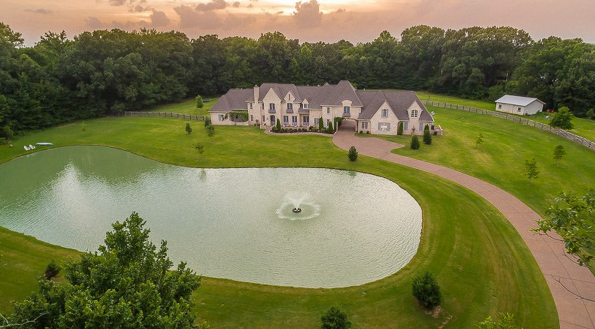 10,000 Square Foot Brick Mansion In Arlington, TN For Under $2 Million!