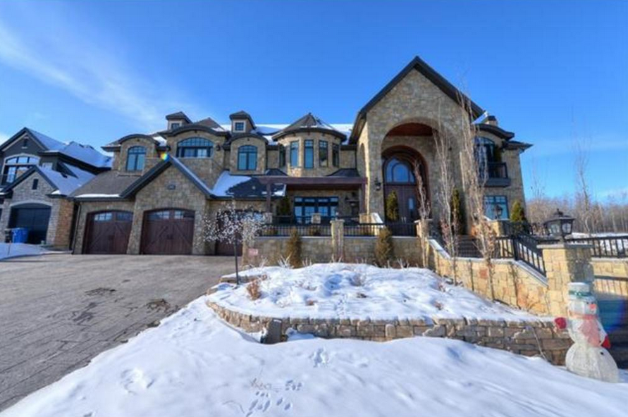 11 000 square foot stone mansion in alberta canada for Home builders in canada