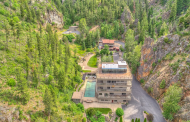 Sleeping Child Hot Springs – A Mountaintop Estate In Hamilton, Montana