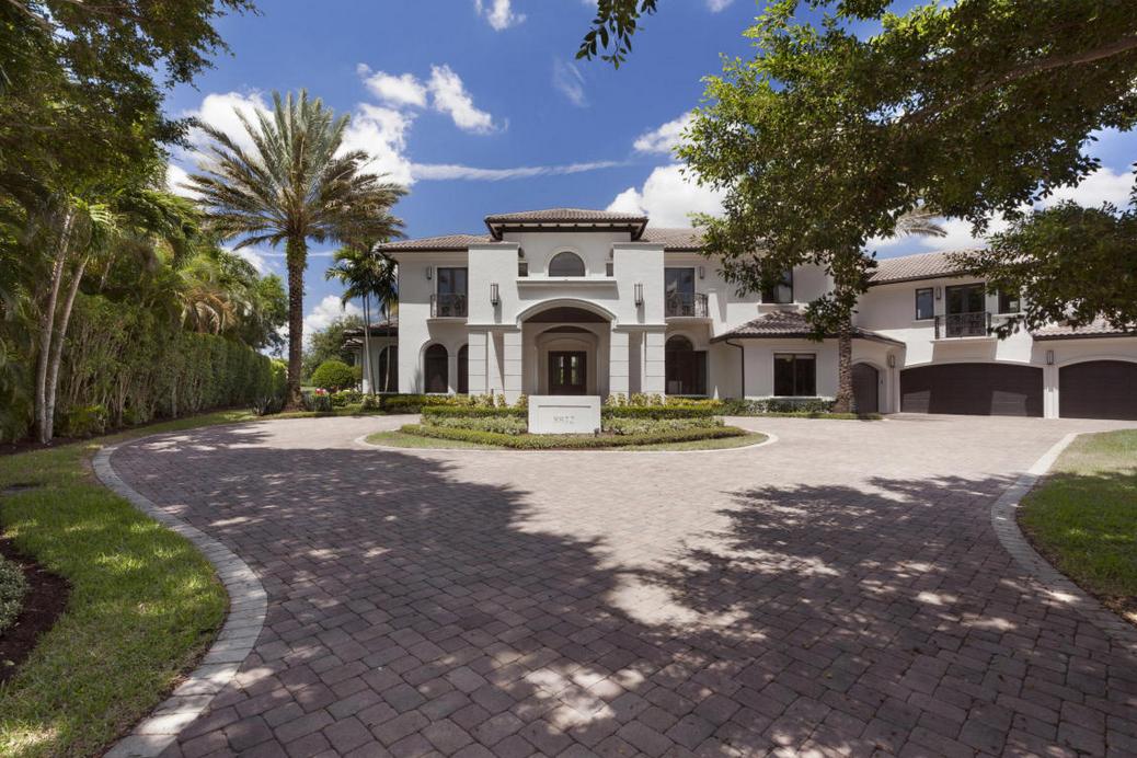 $5.95 Million Mansion In Boca Raton, FL