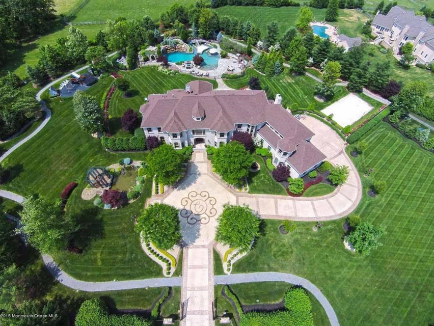 $4.1 Million Brick Mansion In Colts Neck, NJ