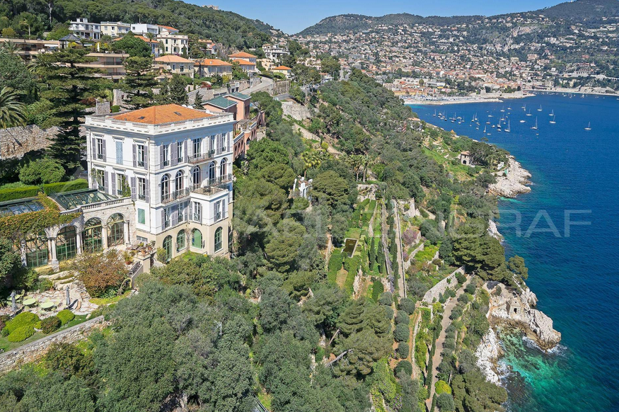 Luxurious Waterfront Estate In Saint-Jean-Cap-Ferrat, France