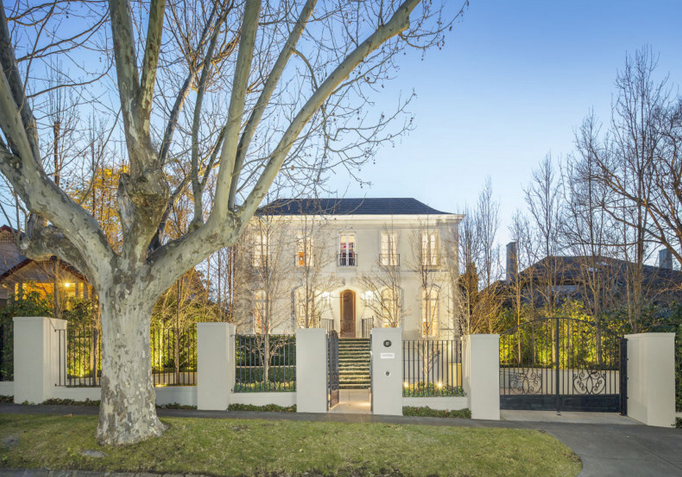 Beautiful French Inspired Home In Victoria, Australia
