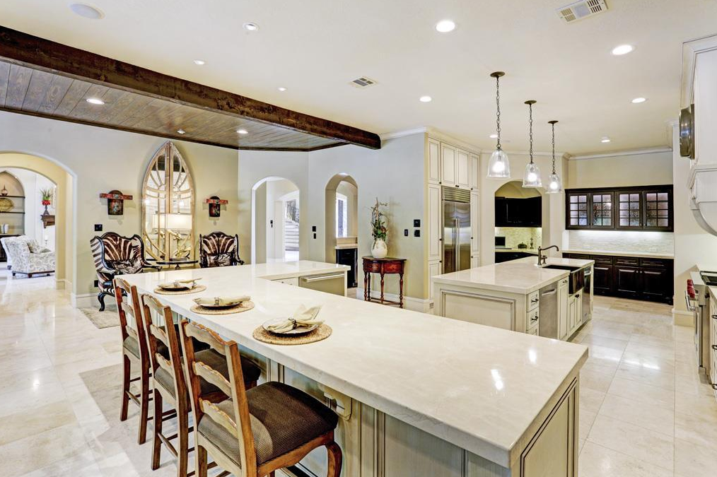 $4.499 Million Mediterranean Mansion In The Woodlands, TX | Homes ...