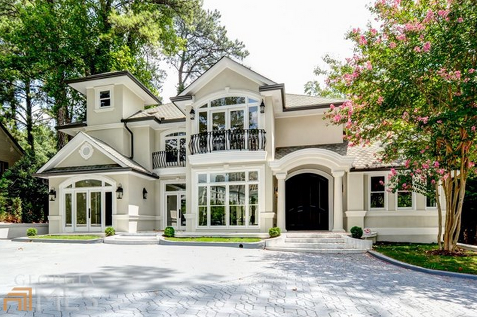 2 9 Million Mansion In Atlanta Ga With 2 Story Indoor