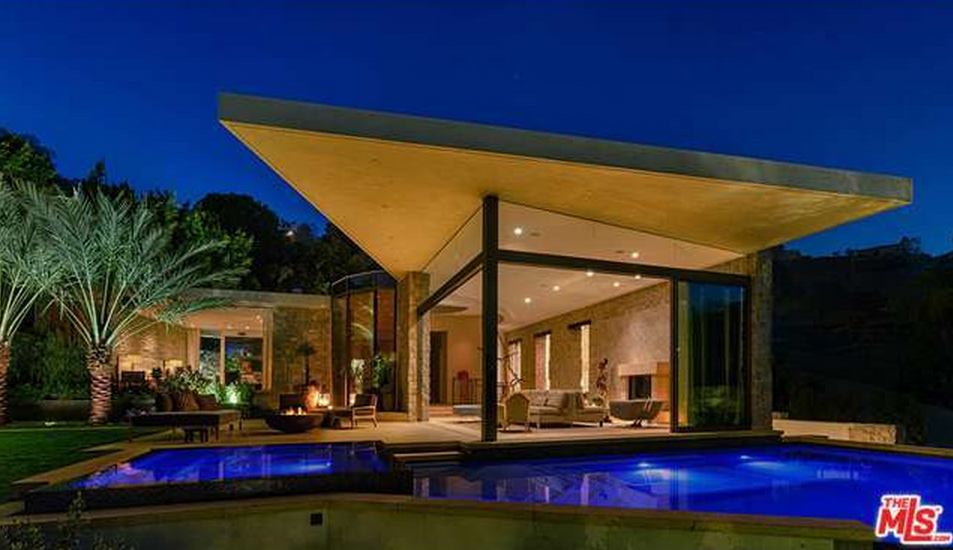 $21.85 Million Newly Built Contemporary Home In Los Angeles, CA