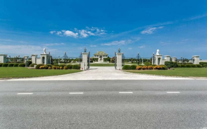 115 Acre Gated Estate In Lumberton, NC