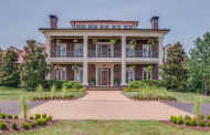$9.7 Million Estate In Franklin, TN