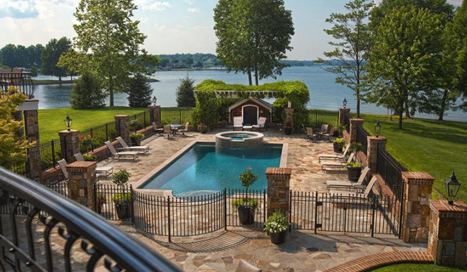 25 Million Waterfront Estate In Penhook Va With Its Own