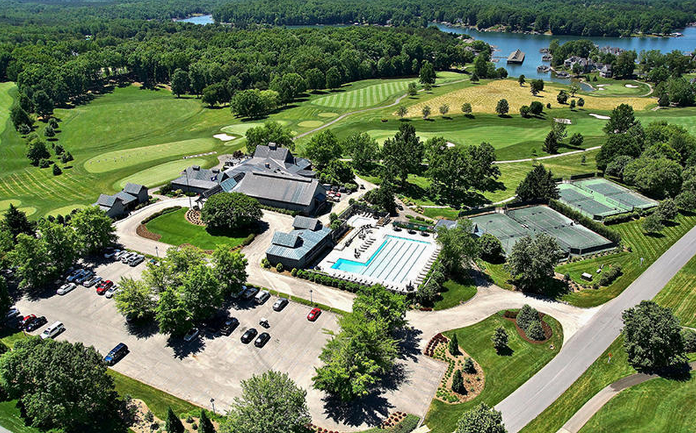 25 Million Waterfront Estate In Penhook Va With Its Own Country Club Homes Of The Rich