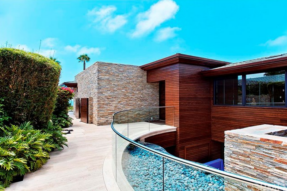 45 Million Contemporary Mansion In Laguna Beach Ca