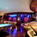 Billiards Room & Wet Bar