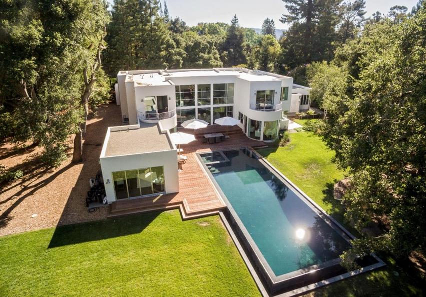 $8.45 Million Contemporary Mansion In Atherton, CA