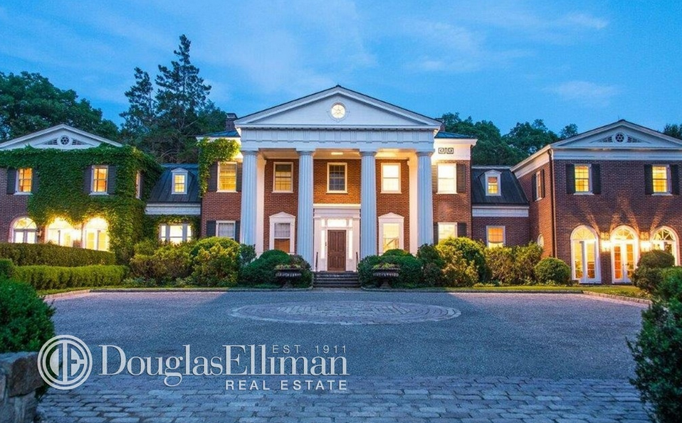 36 Million Greek Revival Style Brick Mansion On 64 Acres