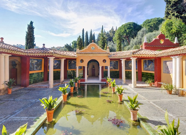 Les Colombières - A Beautiful Villa In France