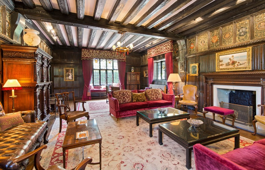 Cedar Court – A Historic Mansion In Kingston Upon Thames, England ...