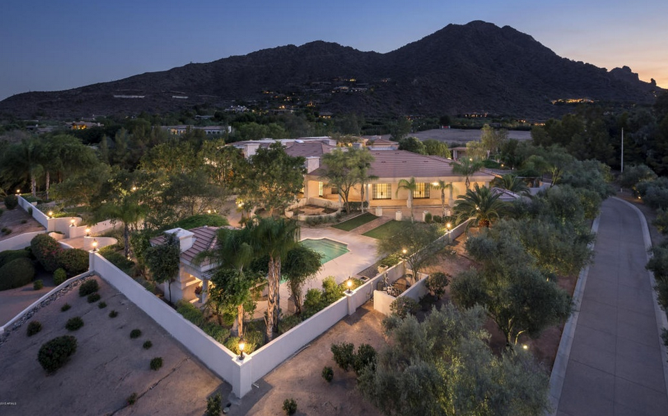 $9.495 Million 15,000 Square Foot Mansion In Paradise Valley, AZ