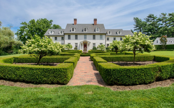 12,000 Square Foot Restored Waterfront Georgian Colonial Mansion In Northport, NY